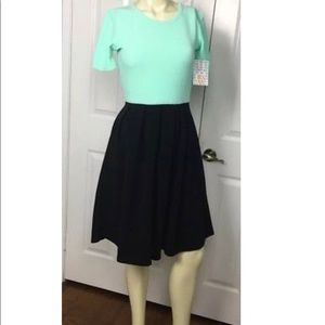 LuLaRoe Amelia Dress NWT  Green Black Skirt XS